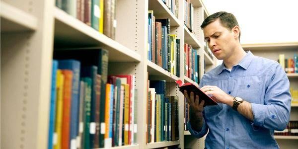 Benarkah CEO di Indonesia Tidak Suka Membaca?