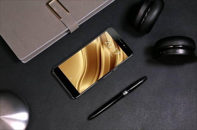 Smartphone 4G Dengan RAM 2 GB