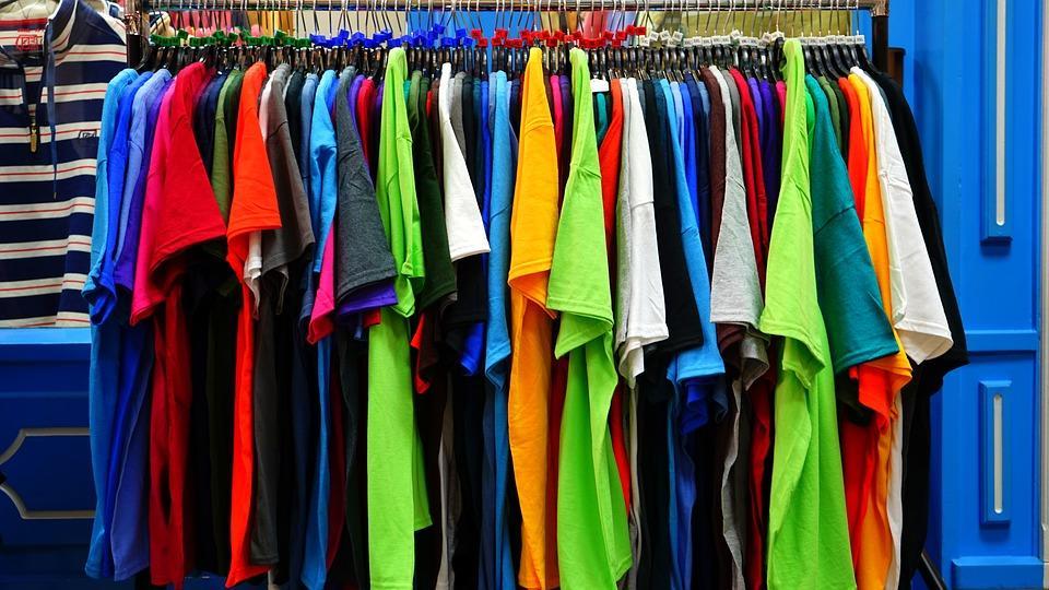 Fashion - A few summer shopping tips